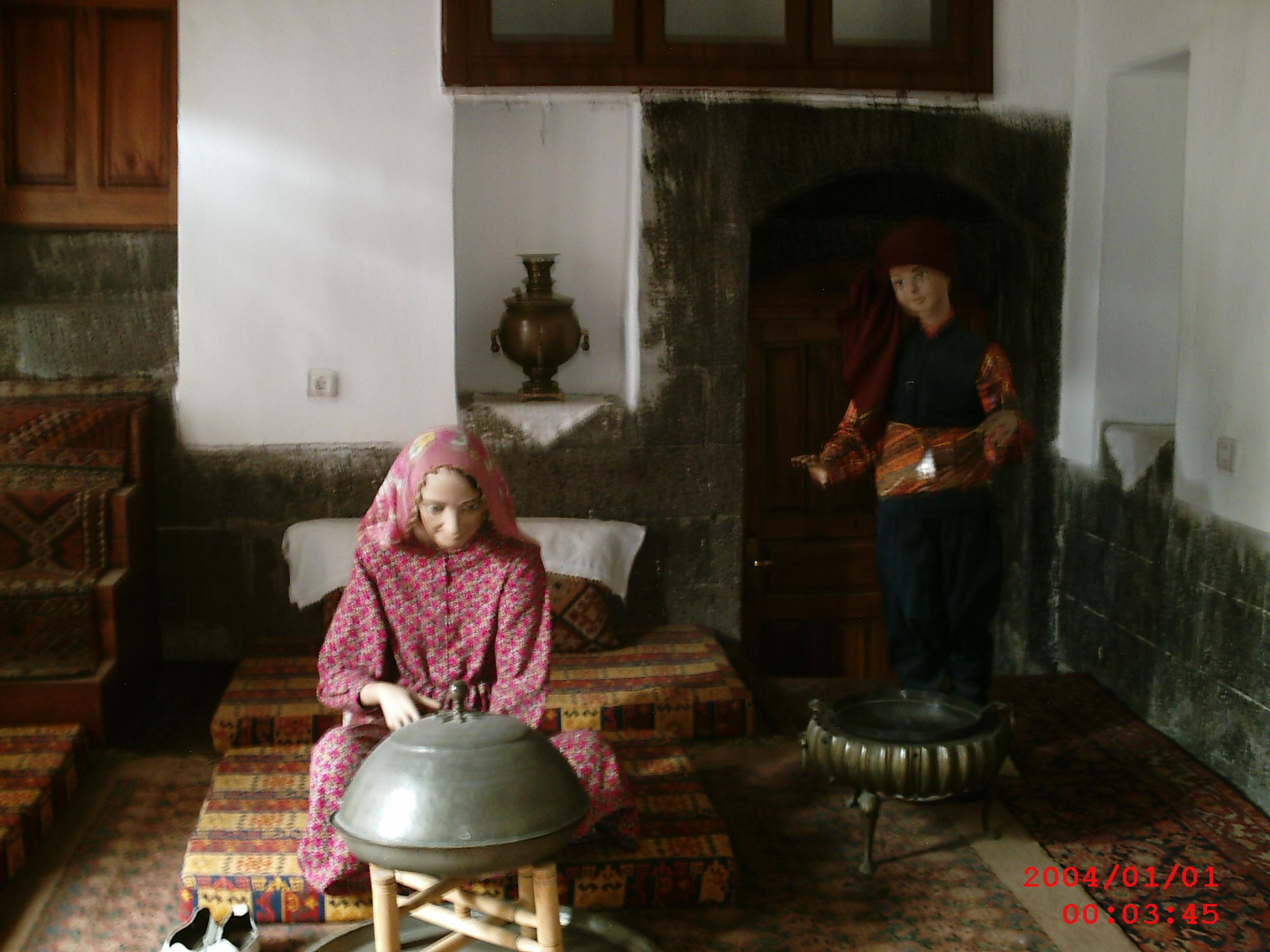 Evinin Kileri ( Fazla Eşyaları Depoladığı Odalar)