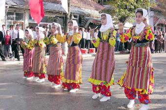 azdavay folklor