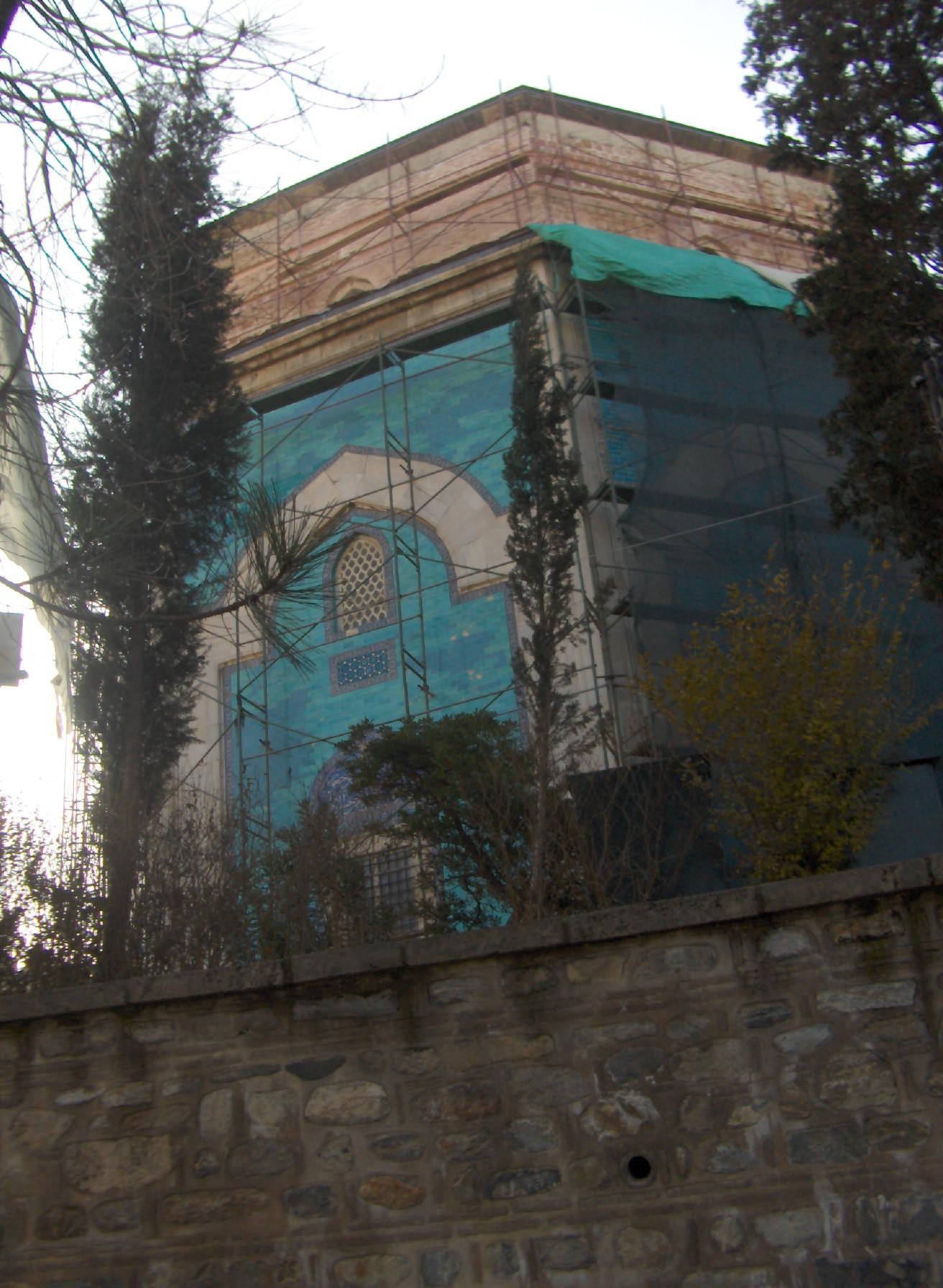 Yesil Turbe Restorasyonda